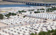 Det er nå 2,7 millioner syriske flyktninger i Tyrkia. NOAS og sju andre organisasjoner ber regjeringen øke andelen syriske kvoteflyktninger til Norge i 2017. Foto: UNHCR/E. Dorfman, Syrisk flyktningleir i Tyrkia